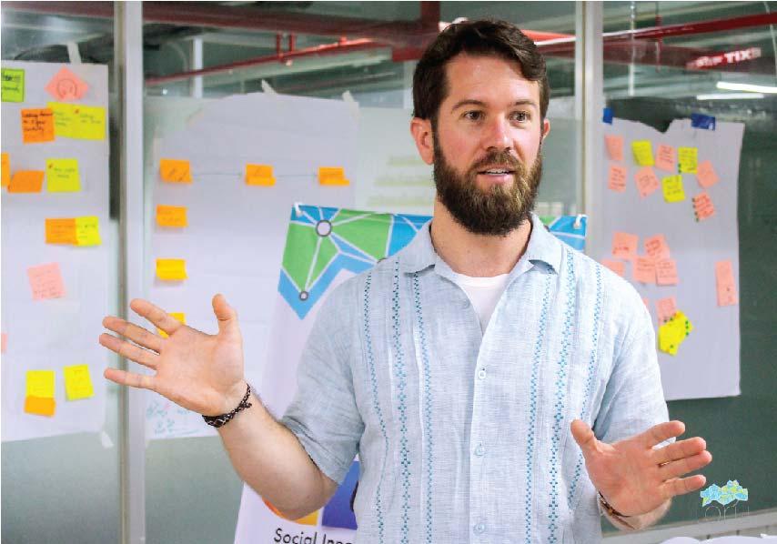 Rob Gradoville Portfolio Manager IDEO.org